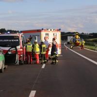 2017-08-13_A7_Dettingen_Berkheim_Unfall_Transporter_Feuerwehr_Poeppel-0016