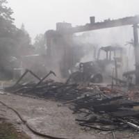 2017-09-01_Amtzell_Burkhardtshaus_Brand_Halle_Feuerwehr_Poeppel_016