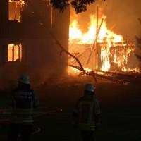 2017-09-18_Aitrach_Chausee_Brand_Feuerwehr_Poeppel_0019