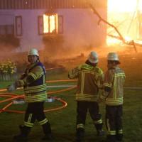 2017-09-18_Aitrach_Chausee_Brand_Feuerwehr_Poeppel_0020