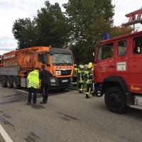 2017-09-29_Lindau_Westallgaeu_Scheidegg_Unfall_Lkw_Pkw_Feuerwehr_Raedler-0003