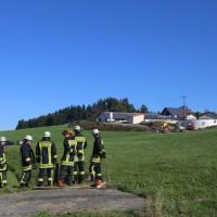 2017-10-05_Ravensburg_Kisslegg_Zaisenhofen_Guelle_Bach_Gewaesserverunreinigung_Feuerwehr_Poeppel-0004