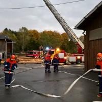 2017-10-06_Unterallgaeu_Zell_Jugend_Feuerwehr_THW_BRK_JUH_Uebung_Feuerwehr-Zell_new-facts-eu_0024