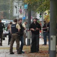 2017-10-21_Muenchen_Ottobrunner-Strasse_Messerstecher_Polizei_Poeppel-0013