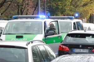 2017-10-21_Muenchen_Ottobrunner-Strasse_Messerstecher_Polizei_Poeppel-0015