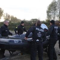 2017-10-26_Unterallgaeu_Pfaffenhausen_Polizei-Taucher_Vermisstensuche_Leichenfund_Poeppel-0032