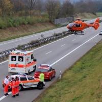 2017-11-05_A96_Mindelheim_Stetten_Transporter_Pkw_Feuerwehr