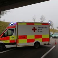 2017-11-05_A96_Mindelheim_Stetten_Transporter_Pkw_Feuerwehr_Poeppel_0008