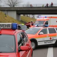 2017-11-05_A96_Mindelheim_Stetten_Transporter_Pkw_Feuerwehr_Poeppel_0011