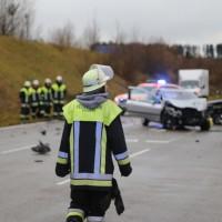 2017-11-25_Unterallgaeu_Erkheim_Unfall_toedlich_Feuerwehr_Poeppel_0009