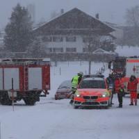 2017-12-10_Oberallgaeu_Kimratshofen_Unfall_Schnee_Feuerwehr_Poeppel_0004