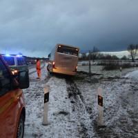 2017-12-14_A7_Woringen_Unfall_Reisebus_Polizei_Poeppel_0008
