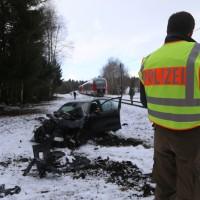 2018-01-19_Ostallgaeu_Fuessen_Bahnunfall_Pkw_Regionalbahn_Polizei_Poeppel20180119_0007