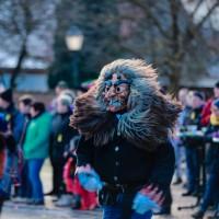 2018-01-21_Erolzheim_Narrenzunft_Deifel-weib_Narrensprung_Poeppel_0314
