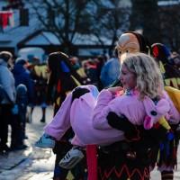 2018-01-21_Erolzheim_Narrenzunft_Deifel-weib_Narrensprung_Poeppel_0343