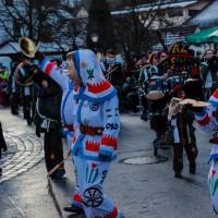 2018-01-21_Erolzheim_Narrenzunft_Deifel-weib_Narrensprung_Poeppel_0512