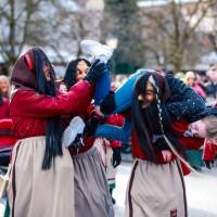 2018-01-21_Erolzheim_Narrenzunft_Deifel-weib_Narrensprung_Poeppel_0538