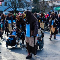 2018-01-21_Erolzheim_Narrenzunft_Deifel-weib_Narrensprung_Poeppel_0696