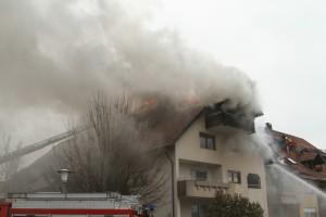 2018-02-22_Wangen_Allgaeu_Brand_Mehrfamilienhaus_Feuerwehr_Poeppel_0046
