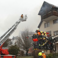 2018-02-22_Wangen_Allgaeu_Brand_Mehrfamilienhaus_Feuerwehr_Poeppel_0074