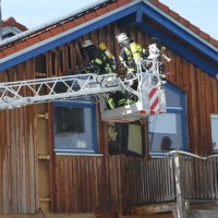 2018-03-05_Bibeach_Kirchdorf_Brand_Fassade_Feuerwehr_0049