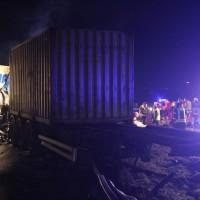 2018-03-16_A7_Dettingen_Lkw-Unfall_Feuerwehr_0025