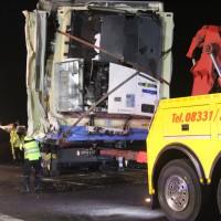2018-03-16_A7_Dettingen_Lkw-Unfall_Feuerwehr_Bergung_Kutter_Memmingen_0076