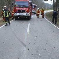2018-03-27_Biberach_Eberhardzell_Dietenwengen_Polo_Transporter_Feuerwehr_0011