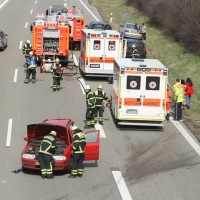 2018-04-02_A7_Memmingen_Unfall_Feuerwehr_0007