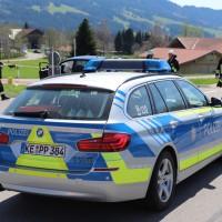 2018-04-20_B310_Oy-Wertach_Unfall_Bus-Pkw_Feuerwehr20180420_0022