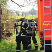 2018-04-20_Memmingen_Buxach_Brand_Schuppen_Feuerwehr_0003