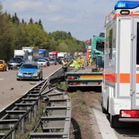 2018-04-24_A96_Aitrach_Memmingen_Lkw_Unfall_Stau_Feuerwehr_0011