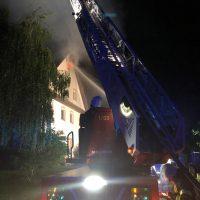 2018-05-30_Biberach_Waldenhofen_Dachstuhlbrand_Feuerwehr_0014