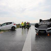 2018-07-06_A7_Dettingen_Berkheim_Unfall_Ueberschlag_Feuerwehr_0006