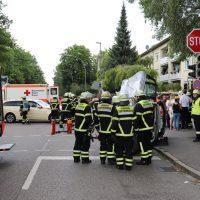 2018-07-07_Memmingen_Branunstasse_Machnigstrasse_Unfall_Feuerwehr_0007