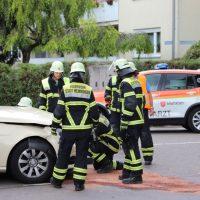 2018-07-07_Memmingen_Branunstasse_Machnigstrasse_Unfall_Feuerwehr_0010