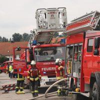 2018-07-22_Biberach_Tannheim_Brand_Heustock_Halle_Feuerwehr_Poeppel_0161