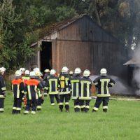 2018-08-14_Unterallgaeu_Wolfertschwenden_Stadel-Brand_Feuerwehr_00002