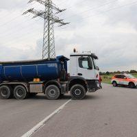 2018-09-02_B300_Heimertingen_Niederrieden_Motorrad_Lkw_Unfall_Feuerwehr_00012