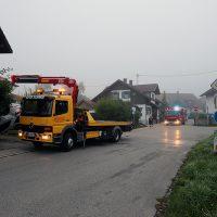 2018-09-16_Ostallgaeu_Stetten-Auerberg_Unfall_Pkw-Wohnhaus_Feuerwehr_00021