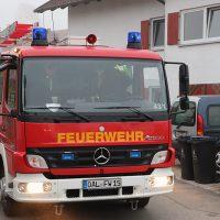 2018-09-16_Ostallgaeu_Stetten-Auerberg_Unfall_Pkw-Wohnhaus_Feuerwehr_00023