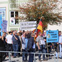 2018-09-30_Unterallgaeu_Ottobeuren_AFD_Bunt_DEMO_Polizei_00130