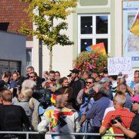 2018-09-30_Unterallgaeu_Ottobeuren_AFD_Bunt_DEMO_Polizei_00182