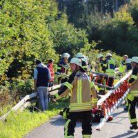 2018-09-30_Unterallgaeu_Aichstetten_Lautrach_Motorrad_Unfall_Feuerwehr_00002
