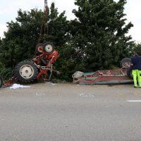 05.08.2019 Unfall Kirchheim Derndorf tödlich 22 Jahre LKW übersieht Traktor (10)