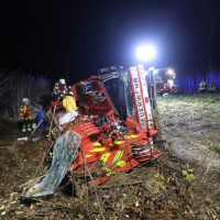 2019-11-06_B312_Reutlingen_Pfronstetten_Unfall_Feuerwehr_Kran_Zwiebler191106_Pfronstetten_raz_09