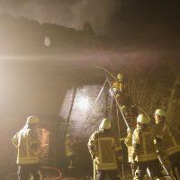 2019-11-23_Aitrach_Ruine_Brand-Dachstuhl_Kamin_FeuerwehrIMG_2104