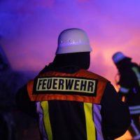 2019-12-04_Memmingen-Steinheim_MN30_Transporter_Brand_FeuerwehrIMG_2238