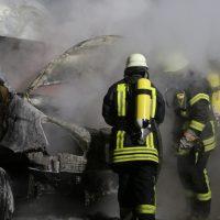 2019-12-04_Memmingen-Steinheim_MN30_Transporter_Brand_FeuerwehrIMG_2249