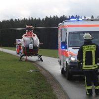 2019-12-07_Bad-Wurzach_L265_Unfall_Feuerwehr_Rettungshubschrauber_PoeppelIMG_2366